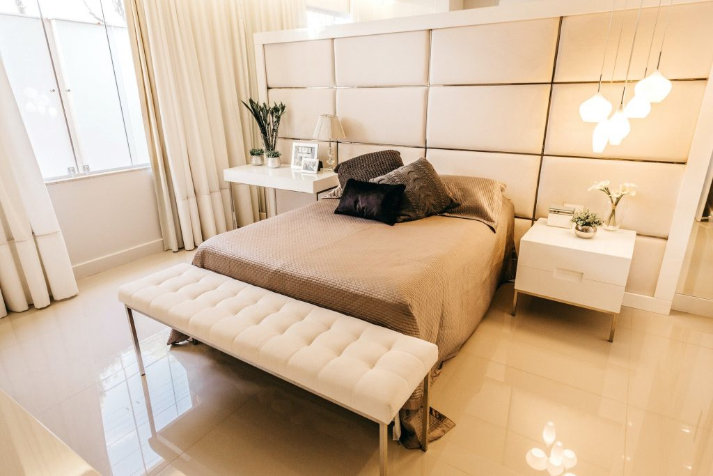 Trying to save space in 1 bedroom apartments in Temecula? Here are things that you think you might need but really don't for small apartment life.